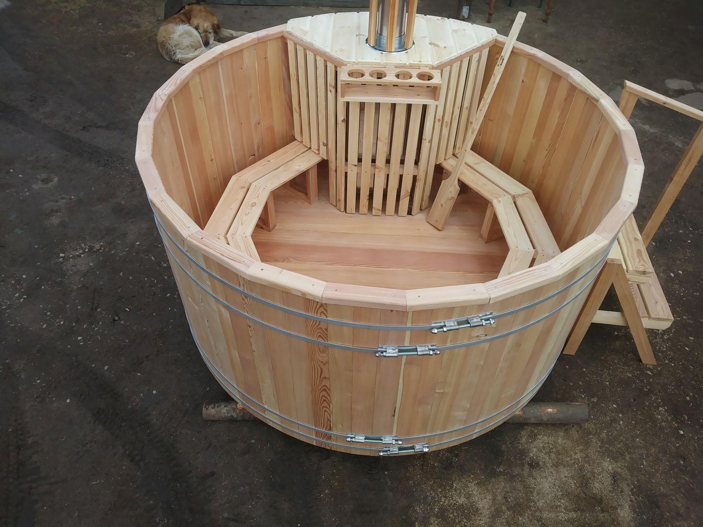 sauna zewnętrzna gorąca beczka