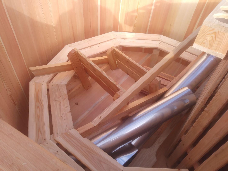 sauna zewnętrzna gorąca beczka (26)